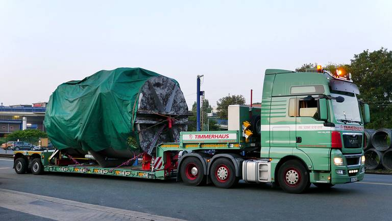 Heavy transport of an annealing plant from Wickede (Ruhr) to the Waelzholz main plant in Hagen Teaser graphic