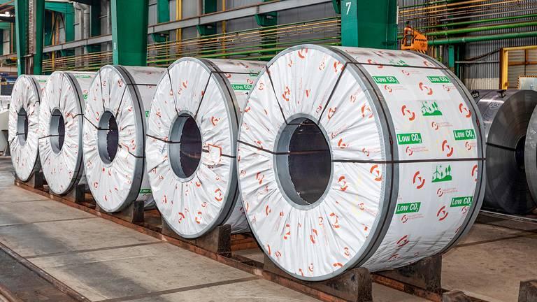 Entrega de bobinas de banda en caliente con bajo nivel de Co2 de Salzgitter AG a Waelzholz Foto de presentación